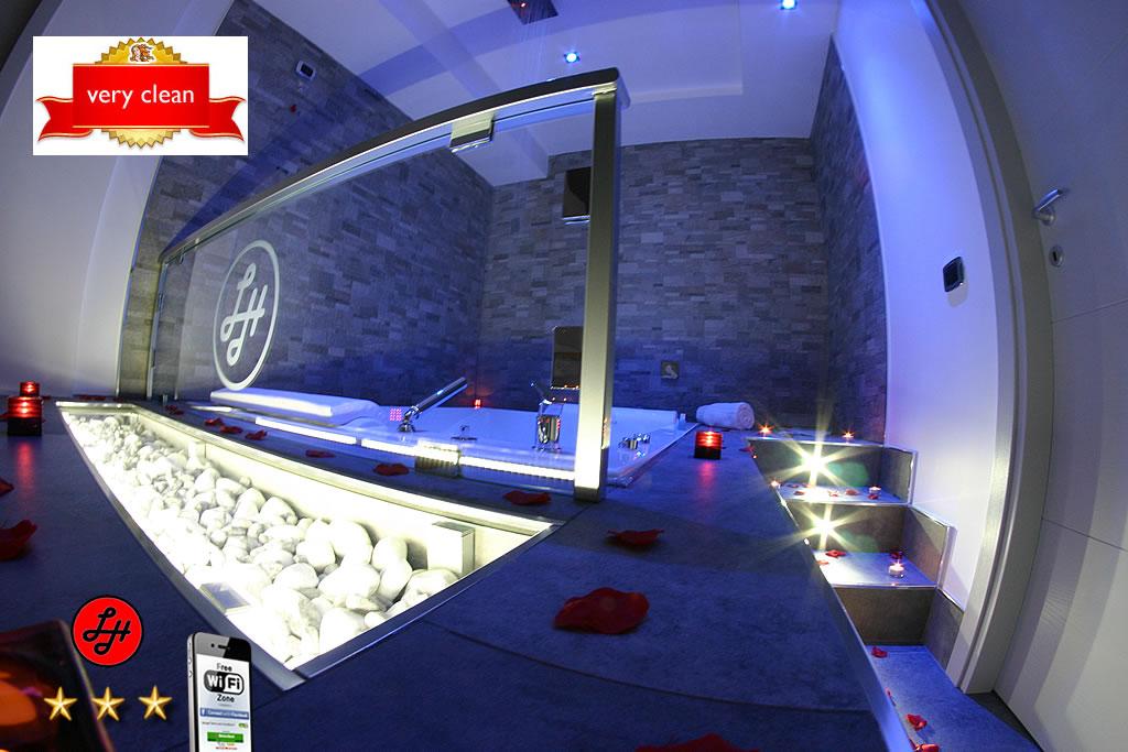 Luxor Suite Stone