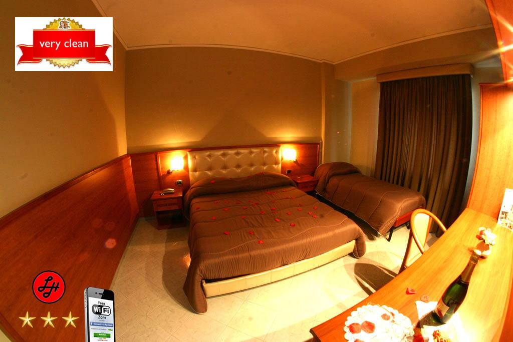 Luxor Hotel Triple Room